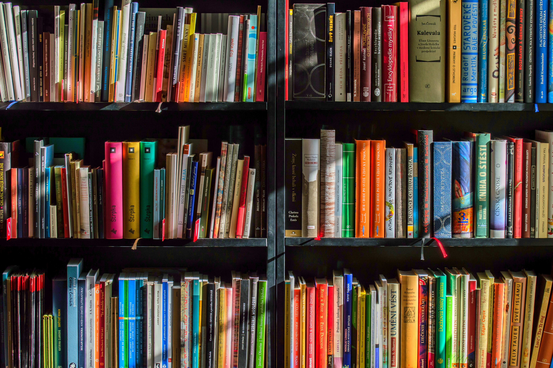 books-12040291